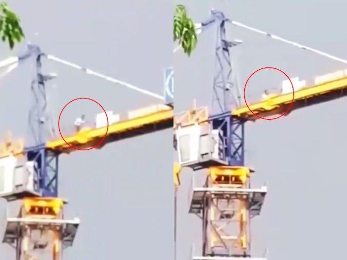 salut-meski-berada-di-atas-crane-pria-ini-tetap-tunaikan-shalat-netizen-merinding98_700