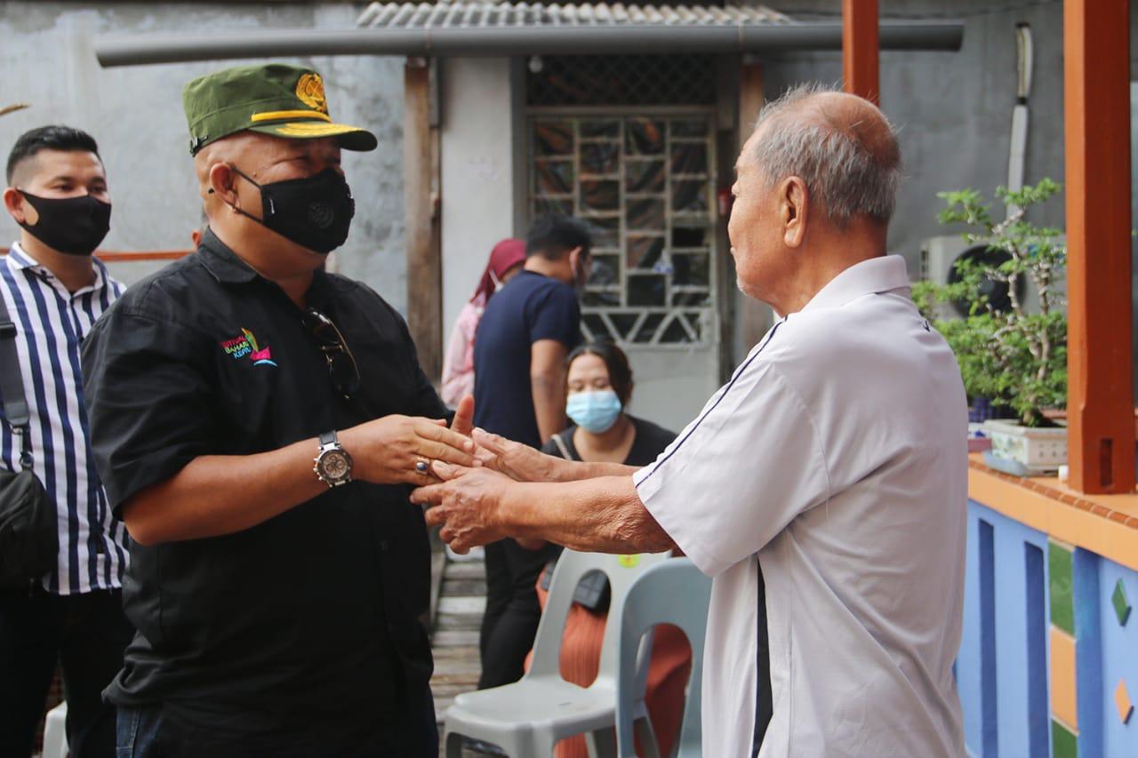 Syamsul Bahrum bertemu dengan sahabat lamanya Ya Anam di Belakang Padang