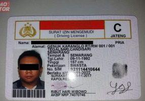 Ilustrasi SIM C (Yosana/GridOto.com)